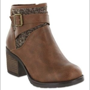 Mia Landen Brown Ankle Bootie 8.5M NEW